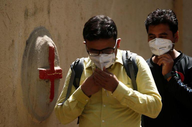 Ινδία: Πάνω από 390.000 κρούσματα κορωνοϊού σε 24 ώρες | tovima.gr