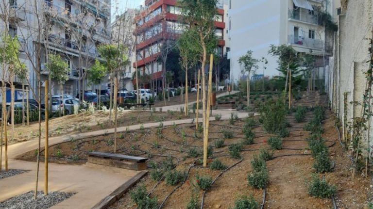 Πάρκα τσέπης: Μία όαση δροσιάς στο κέντρο της Αθήνας | tovima.gr