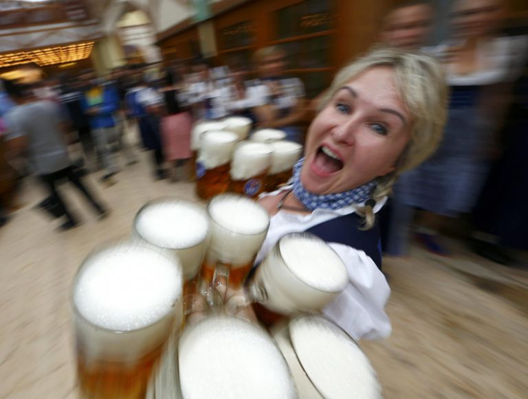 Oktoberfest: Ακυρώθηκε και το φετινό φεστιβάλ λόγω της πανδημίας του κοροναϊού | tovima.gr