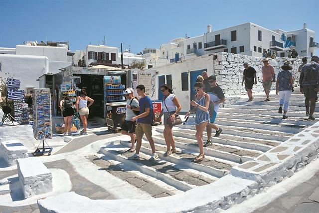 Τουρισμός : Πανέτοιμη η Ελλάδα – Πότε αναμένεται η πρώτη μεγάλη ροή | tovima.gr