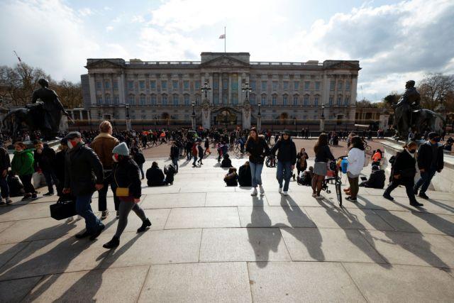 Κορωνοϊός – Βρετανία : Προς νέα χαλάρωση – Τι θα ανακοινώσει ο Τζόνσον | tovima.gr