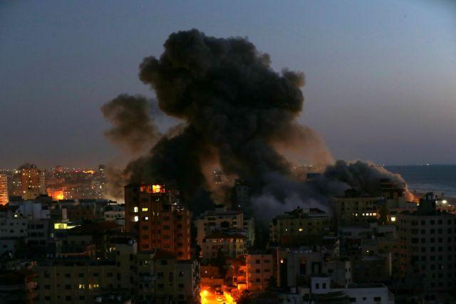 Ισραήλ: Επίθεση με δεκάδες ρουκέτες – Σειρήνες και πανικός στους δρόμους | tovima.gr