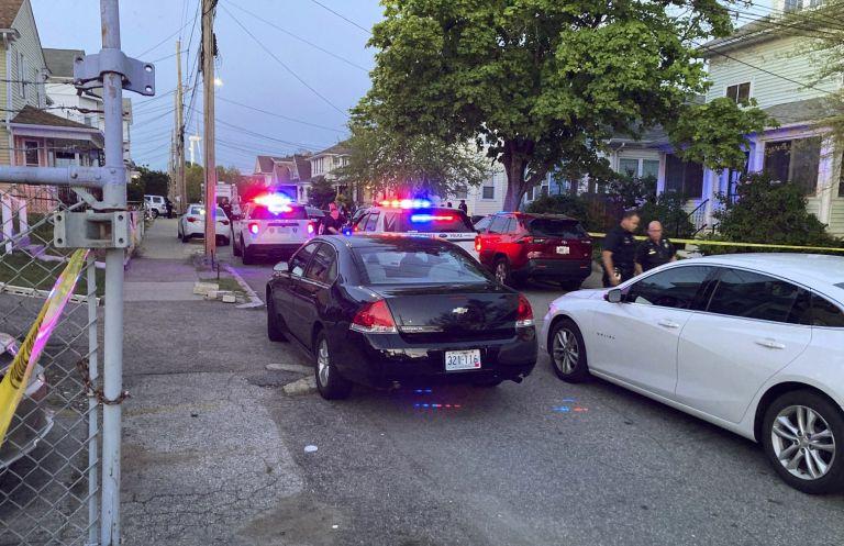 ΗΠΑ: Εννέα τραυματίες από πυρά στο Ρόουντ Άιλαντ, οι τρεις σε κρίσιμη κατάσταση | tovima.gr