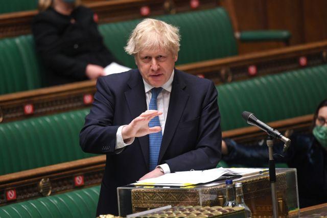 Λονδίνο: Αντικρούει τις κριτικές ότι καθυστέρησε να δράσει μπροστά στην ινδική μετάλλαξη   tovima.gr