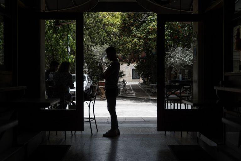 Εστίαση: Σε ελεύθερη πτώση ο τζίρος των επιχειρήσεων   tovima.gr