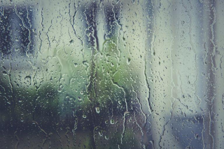 Χαλάει ο καιρός με βροχές και καταιγίδες | tovima.gr