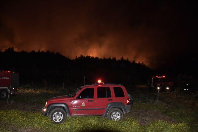 Μεγάλη φωτιά στον Σχίνο Κορινθίας – Εκκενώνονται οικισμοί   tovima.gr