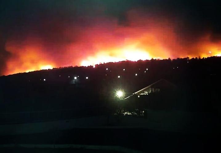 Φωτιά στην Κορινθία: Γιατί οι κάτοικοι δεν έλαβαν ειδοποίηση από το 112 | tovima.gr