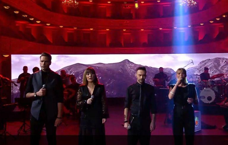 Τραγούδια για την ξενιτιά στη σκηνή του MEGA | tovima.gr