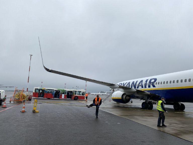 Λευκορωσία: Θρίλερ στον αέρα σε πτήση από Αθήνα με αντιφρονούντα δημοσιογράφο   tovima.gr