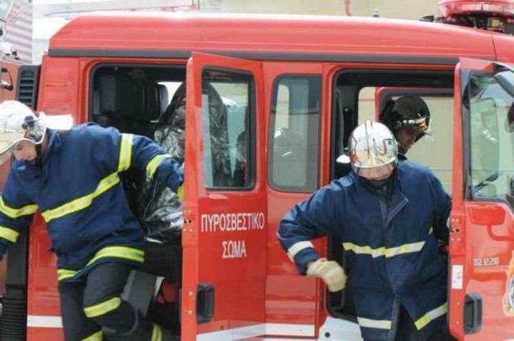 Φωτιά στην Κερατέα – Κοντά σε διάσπαρτες κατοικίες | tovima.gr