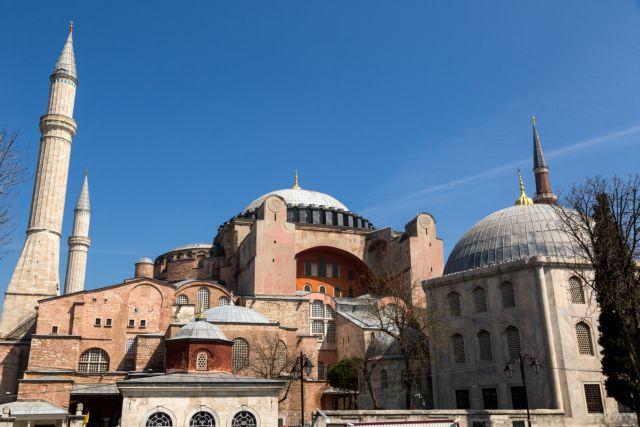 Τουρκία: Σε άθλια κατάσταση η Αγία Σοφία ένα χρόνο αφότου έγινε τζαμί – Αποκαρδιωτικές εικόνες | tovima.gr