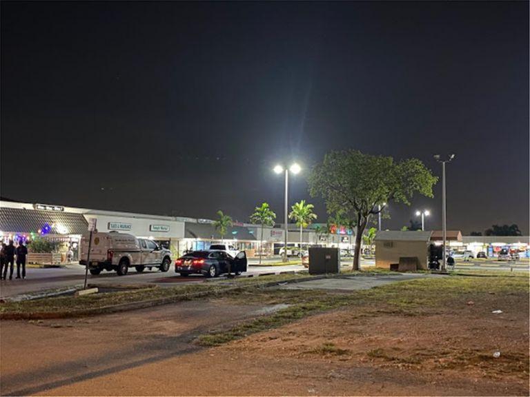 Πυροβολισμοί έξω από κλαμπ στη Φλόριντα – Δύο νεκροί και αρκετοί τραυματίες   tovima.gr