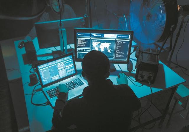 Παγκόσμια μάστιγα οι εκβιαστές του Διαδικτύου   tovima.gr