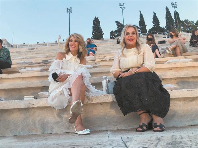 Υπερθέαμα-ύμνος στην Ελλάδα   tovima.gr