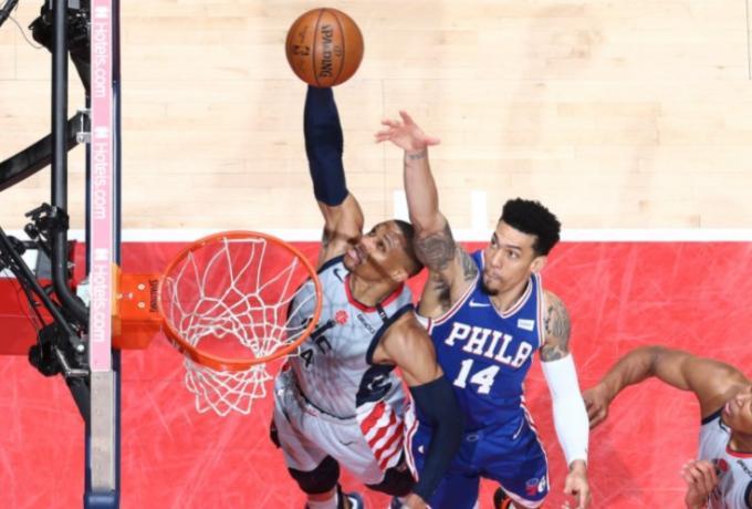 NBA: Έμειναν… ζωντανοί οι Ουίζαρντς (122-114) | tovima.gr