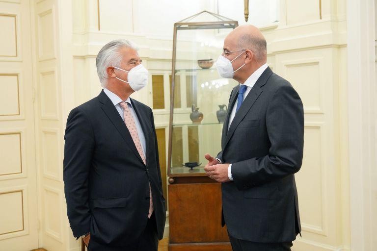 Γιατί δεν κλήθηκε η Ελλάδα στη Διάσκεψη για Λιβύη-Ο Γερμανός πρέσβης απαντά   tovima.gr
