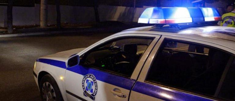 Θεσσαλονίκη : Επίθεση κουκουλοφόρων με ρόπαλα σε καφετέρια | tovima.gr