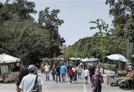 Κορωνοϊός: Πώς η μετάλλαξη Δέλτα προκαλεί «ρωγμές» στα τείχη ανοσίας