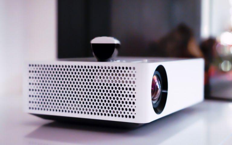 Φέρε το σινεμά στο σαλόνι σου με τηλεοράσεις που μεταμορφώνουν το σκηνικό!   tovima.gr