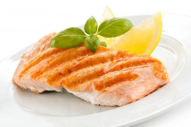 Μελέτη: Μικρότερος ο κίνδυνος σοβαρής Covid-19 για όσους κάνουν κυρίως φυτοφαγική και ψαροφαγική διατροφή   tovima.gr