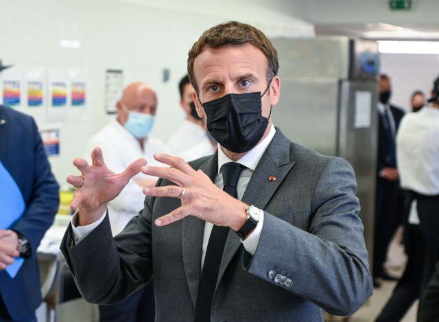 Γαλλία: Σάλος με το χαστούκι στον Μακρόν – «Κάτω ο μακρονισμός» φώναζε ο δράστης   tovima.gr