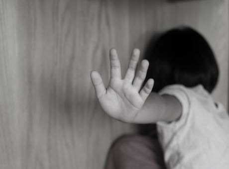 Στο «Χαμόγελο του Παιδιού» το 6χρονο αγοράκι που ξυλοκοπήθηκε από τη μητέρα του | tovima.gr