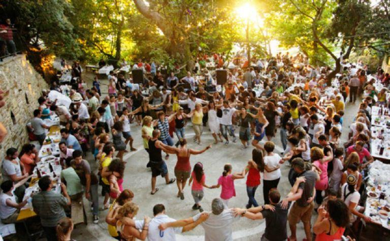 Γάμοι και βαφτίσεις με 300 άτομα στη δεξίωση από 1η Ιουλίου – Τι ισχύει για τα πανηγύρια | tovima.gr