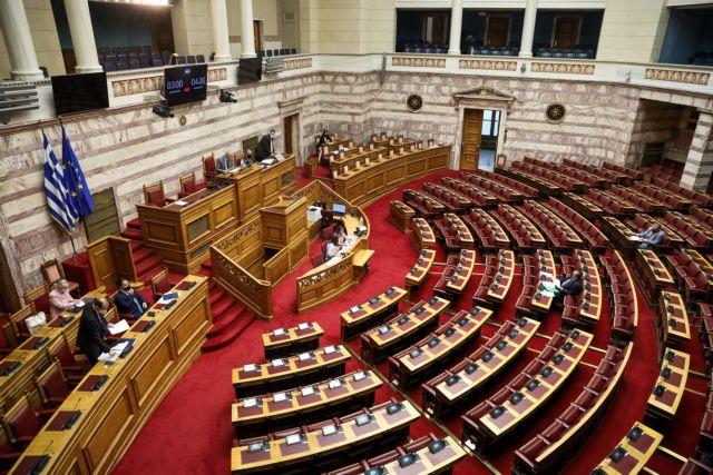 Χαμός στη Βουλή: Διαπληκτισμοί Τσίπρα και Τασούλα – Διακόπηκε η συνεδρίαση   tovima.gr