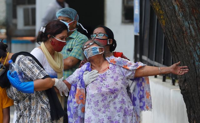 Ινδία – κορωνοϊός : 3.303 νεκροί σε 24 ώρες | tovima.gr