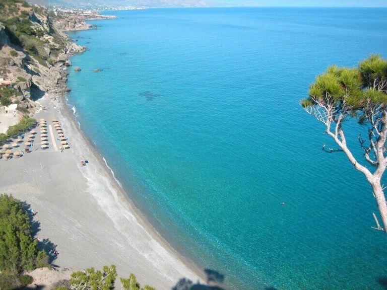 "The 545 ""Blue Flag"" Greek beaches on the ""Visit Greece App"" | tovima.gr"