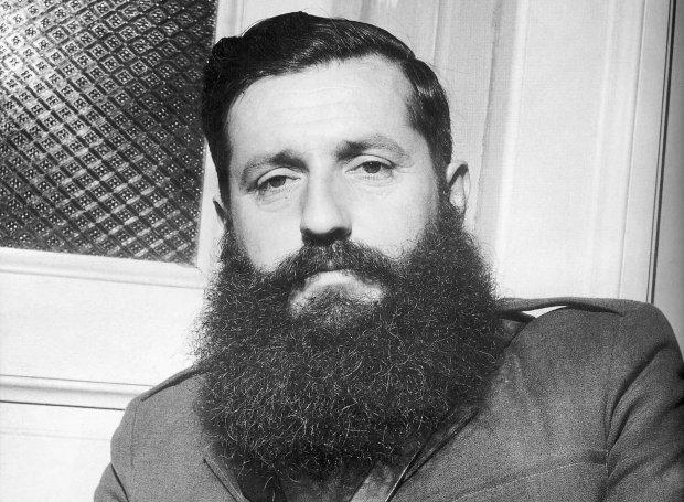 Άρης Βελουχιώτης: 16/06/1944 – Η διαγραφή του από το ΚΚΕ και η αυτοκτονία του στη Μεσούντα της Άρτας | tovima.gr