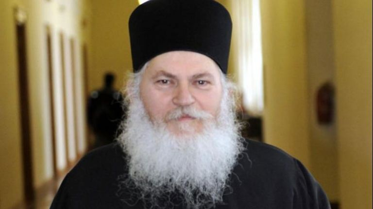 Abbot Ephraim of Mount Athos' Vatopedi Monastery in critical condition with COVID-19 | tovima.gr