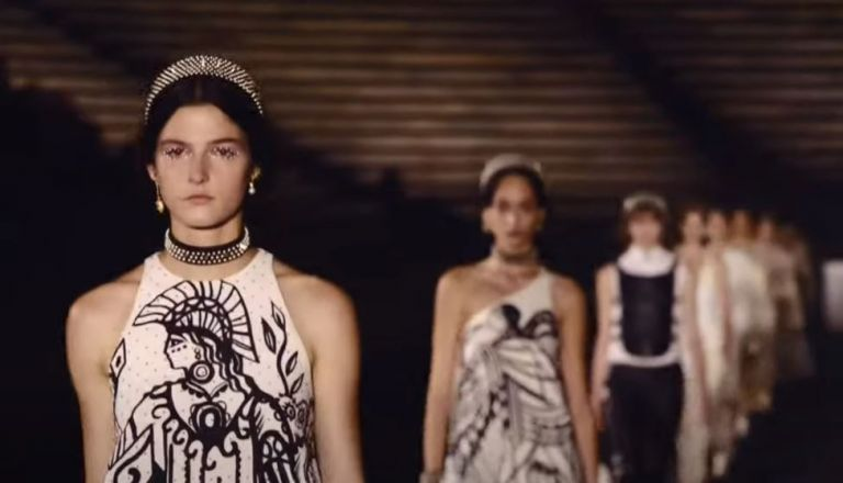 O Dior αποθέωσε την Ελλάδα σε ένα μαγευτικό show στο Καλλιμάρμαρο   tovima.gr