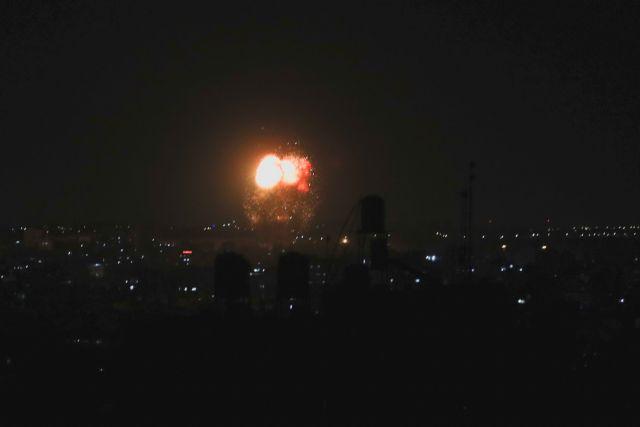 Λωρίδα της Γάζας: Νέοι βομβαρδισμοί του Ισραήλ – «Ετοιμαστείτε και για νέο πόλεμο» | tovima.gr