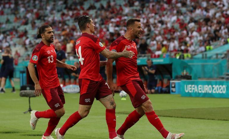Εκανε το καθήκον της και περιμένει η Ελβετία (3-1)   tovima.gr