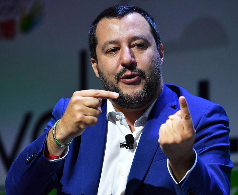 Ιταλία: Σίλβιο Μπερλουσκόνι και Ματέο Σαλβίνι ενώνουν τα κόμματά τους | tovima.gr