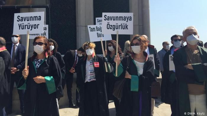 Απειλή για τον Ερντογάν το HDP | tovima.gr