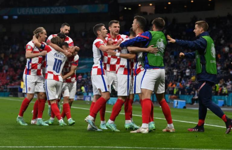 Κροατία – Σκωτία 3-1: Έργο τέχνης του Μόντριτς η πρόκριση των Κροατών | tovima.gr