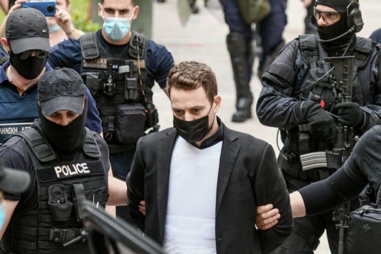 Γλυκά Νερά : Ο βίος και η πολιτεία ενός δολοφόνου – Η πορεία από την υποκρισία στην αλήθεια | tovima.gr