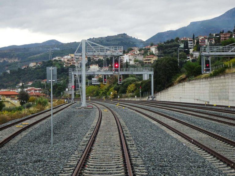 Καραμανλής: Ολοκληρώνεται η σιδηροδρομική γραμμή Κιάτο – Ροδοδάφνη έπειτα από 14 χρόνια | tovima.gr