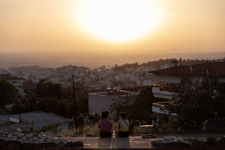 Αποκαλυπτικά στοιχεία: Όλο και πιο νωρίς ξεκινούν οι καύσωνες στην Ελλάδα   tovima.gr