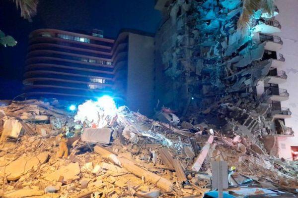 Φλόριντα: Μάχη με το χρόνο για να βρεθούν επιζώντες στο κτίριο που κατέρρευσε | tovima.gr