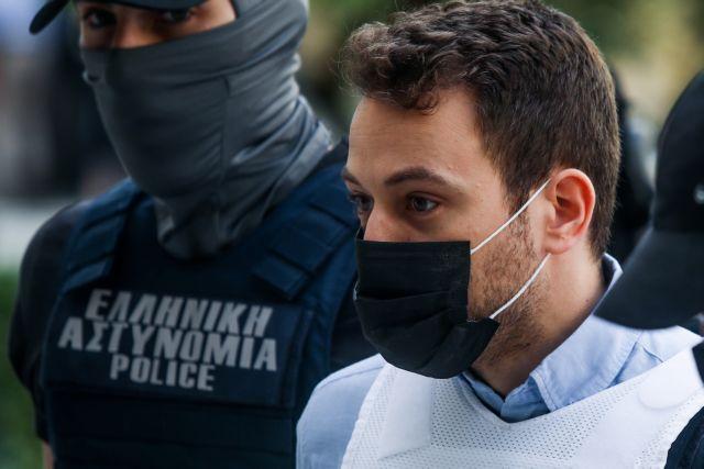 Γλυκά Νερά: «Δεν υπάρχει τρίτο πρόσωπο», λέει ο δικηγόρος του πιλότου – Προανήγγειλε εξελίξεις στην υπόθεση | tovima.gr