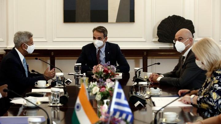 PM meets visiting Indian External Affairs Minister Jaishankar and discusses bilateral ties | tovima.gr