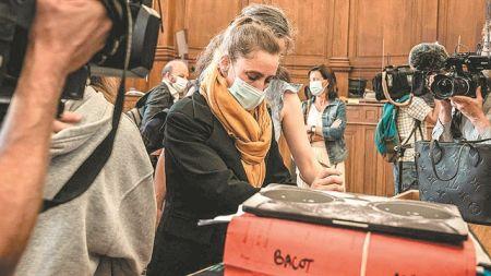 Η δίκη της Βαλερί Μπακό συγκλόνισε τη Γαλλία   tovima.gr