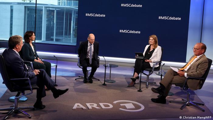 Γερμανία: Οι υποψήφιοι καγκελάριοι για την εξωτερική πολιτική | tovima.gr