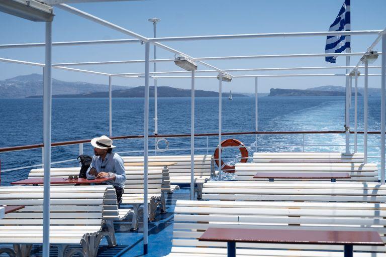 Μίχαλος: Να επιδοτηθούν οι διακοπές Ελλήνων πολιτών με 1 δισ. ευρώ | tovima.gr