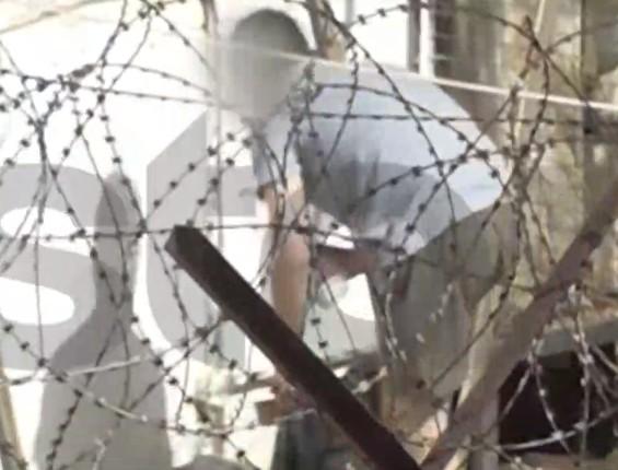 Γλυκά Νερά: Νέο βίντεο ντοκουμέντο από τον συζυγοκτόνο στη φυλακή | tovima.gr