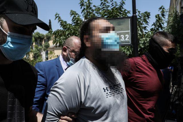 Μονή Πετράκη: Απολογείται ο 37χρονος συλληφθείς για την επίθεση με βιτριόλι σε μητροπολίτες | tovima.gr